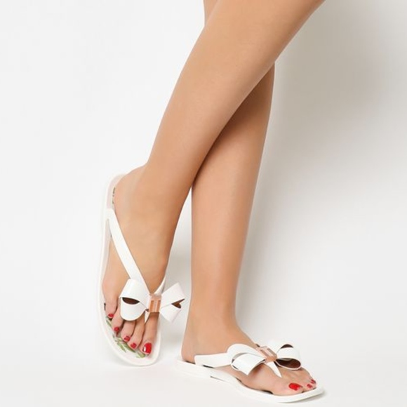 c13e08634 Ted Baker London Suszie Thong Sandal